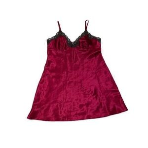 ❤️Adonna Burgandy Babydoll Size Medium